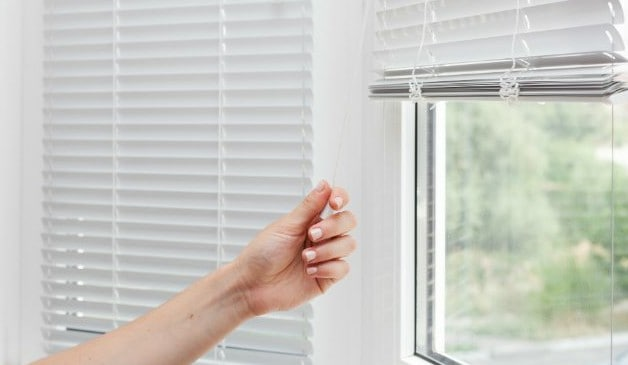 How To Steam Clean Blinds Fastest Way Scp